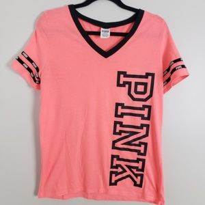 VS Pink v-neck, short sleeve tee shirt E52